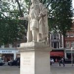 Statue of Sir Hans Sloane